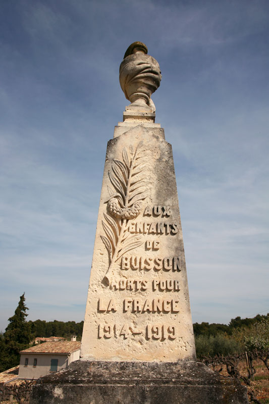 Monument-aux-morts-Buisson